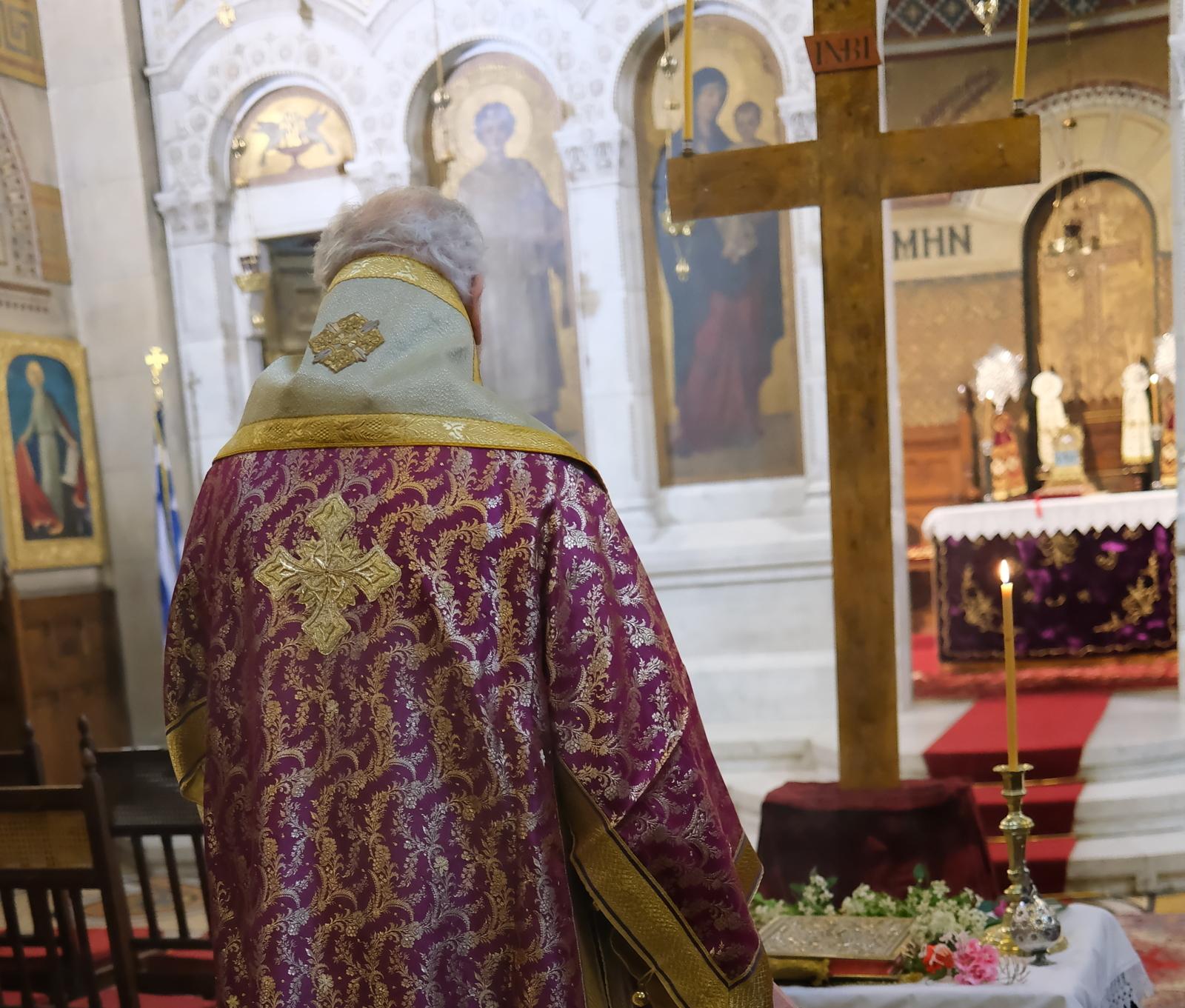 DSCF6725  - Μεγάλη Παρασκευή στον Άγιο Στέφανο Παρισίων (φωτο)