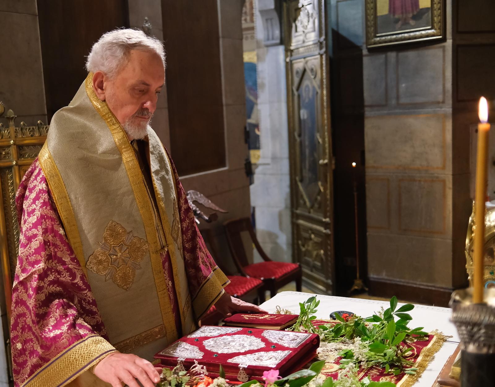 DSCF6759  - Μεγάλη Παρασκευή στον Άγιο Στέφανο Παρισίων (φωτο)