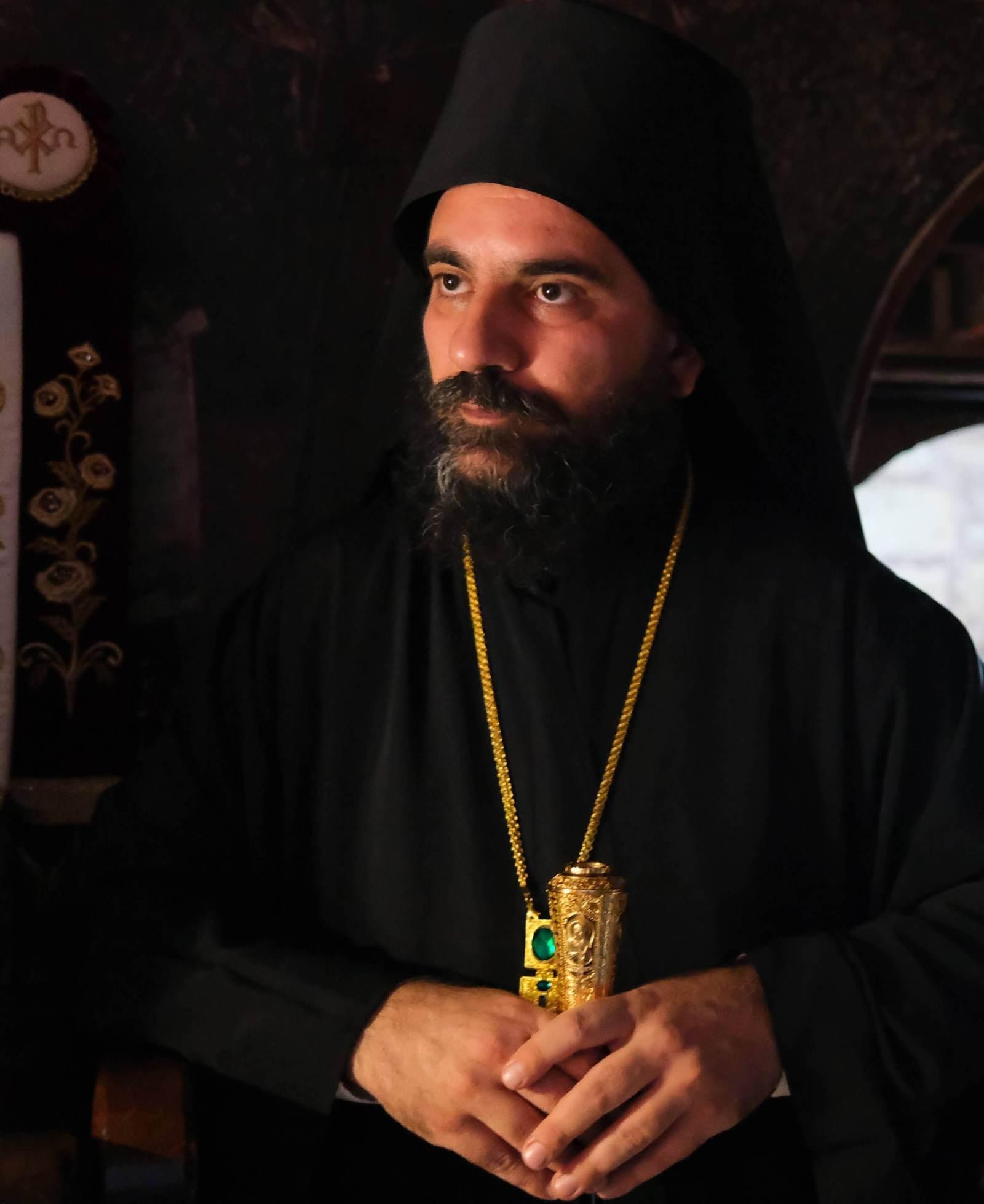 DSCF7613  - Ο Επίσκοπος Μελιτηνής στην Ι. Μονή Παναγίας Πελεκητής