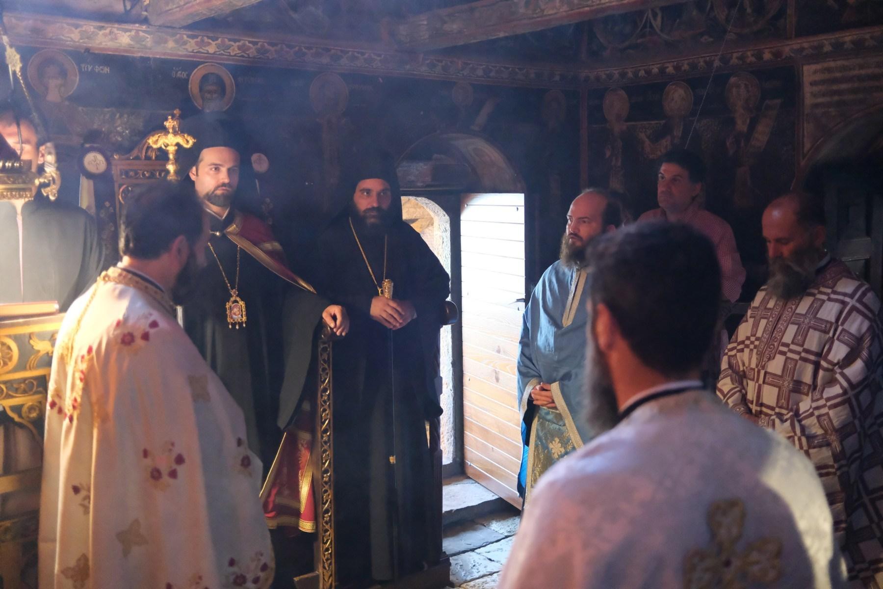 DSCF7638  - Ο Επίσκοπος Μελιτηνής στην Ι. Μονή Παναγίας Πελεκητής