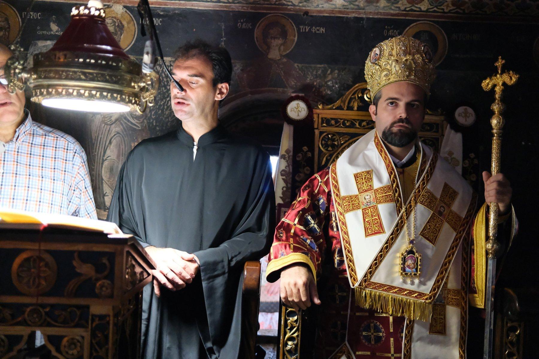 DSCF7781  - Ο Επίσκοπος Μελιτηνής στην Ι. Μονή Παναγίας Πελεκητής