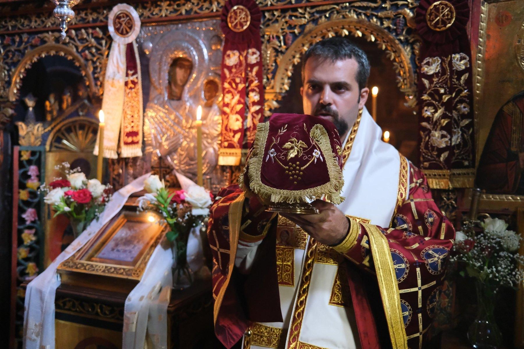 DSCF7848  - Ο Επίσκοπος Μελιτηνής στην Ι. Μονή Παναγίας Πελεκητής