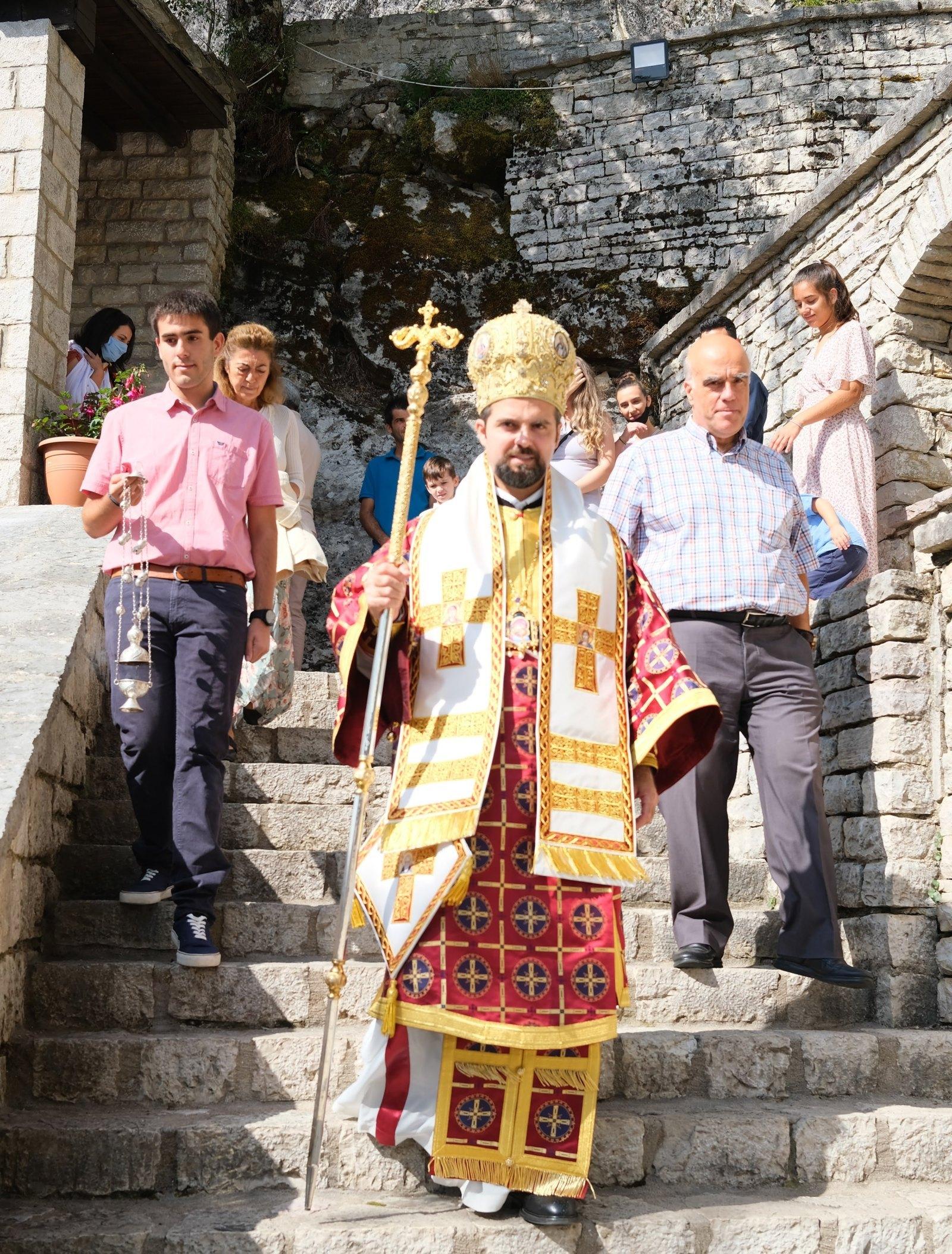 DSCF7914  - Ο Επίσκοπος Μελιτηνής στην Ι. Μονή Παναγίας Πελεκητής