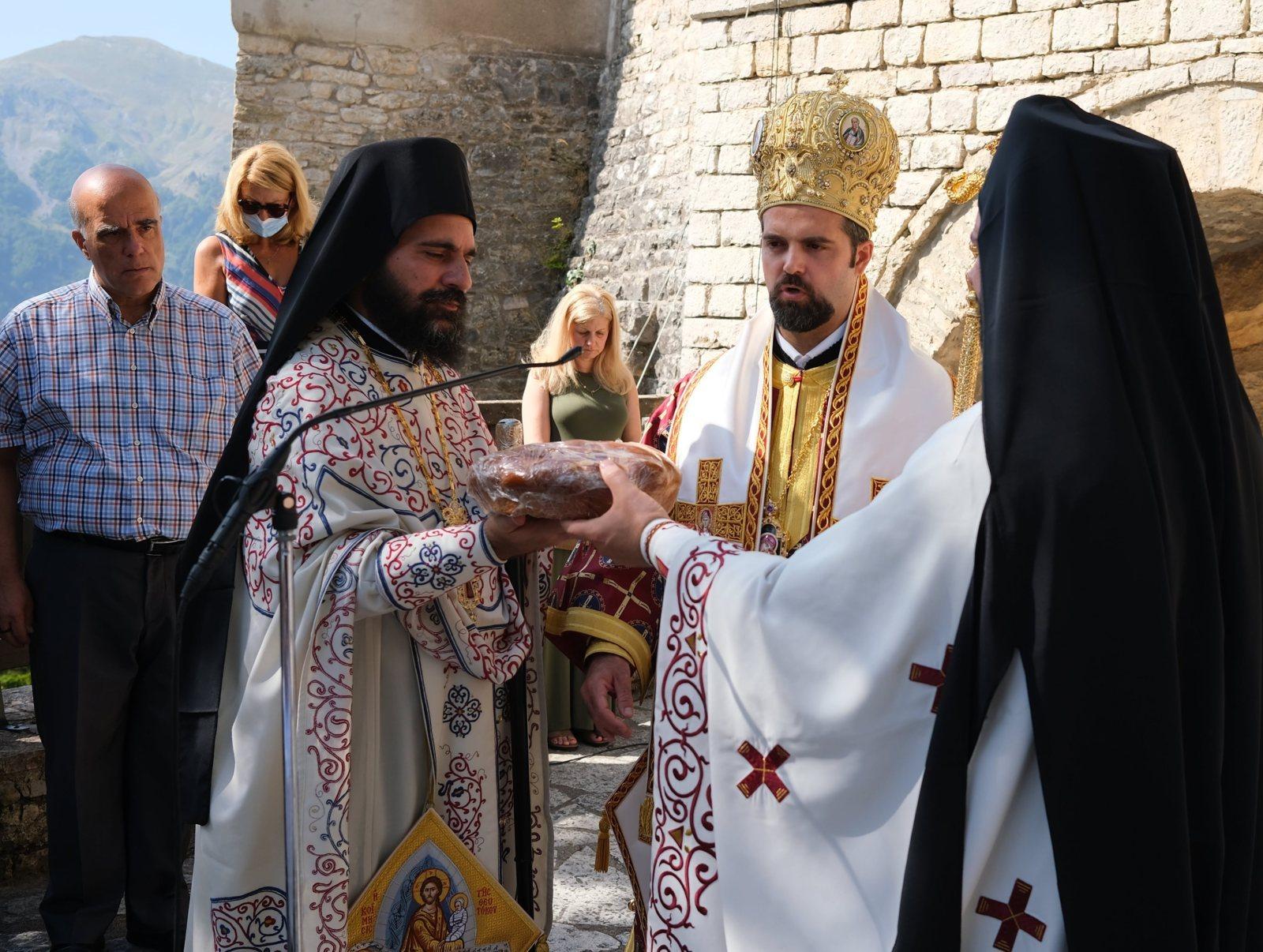 DSCF7944  - Ο Επίσκοπος Μελιτηνής στην Ι. Μονή Παναγίας Πελεκητής