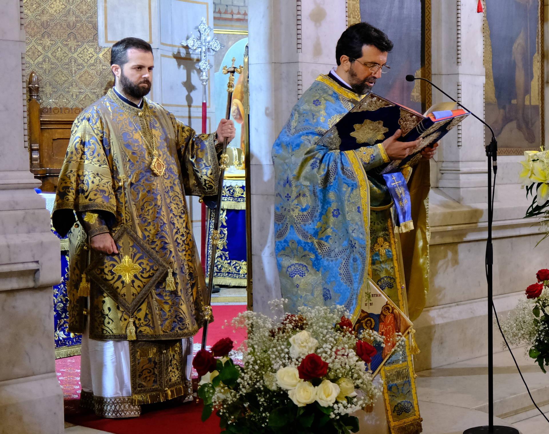 DSCF3213  - Οι Έλληνες του Παρισιού εόρτασαν τα Θεοφάνεια (φωτο)